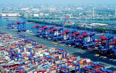 Fusión de Corcel con Clúster logístico de Hamburgo